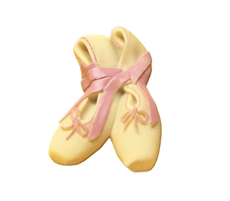 big sale 758bc 97b90 Idea regalo: scarpette da danza di cioccolato, produzione artigianale