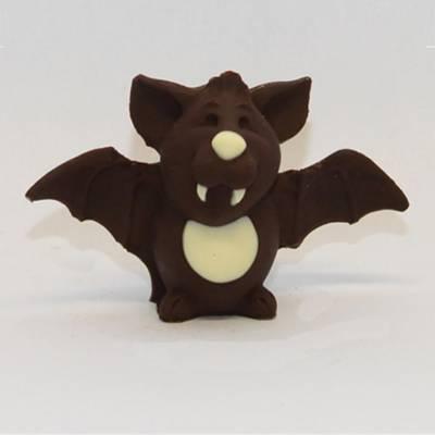 Pipistrello con le ali aperte in cioccolato e decorato a mano
