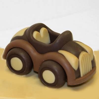 automobile di cioccolato