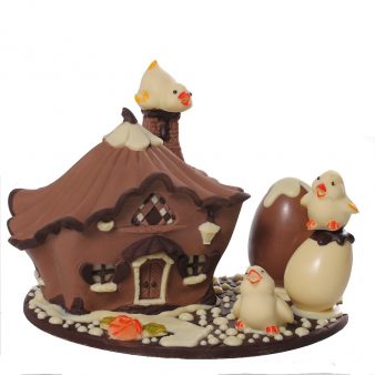 Uovo di Pasqua artigianale Casetta delle fate