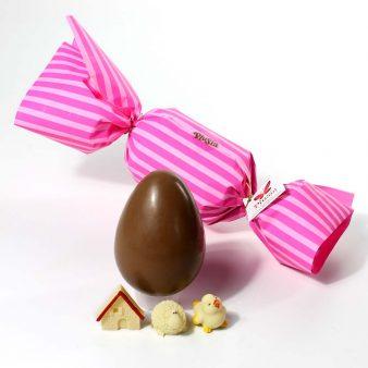 Uovo di Pasqua artigianale caramella