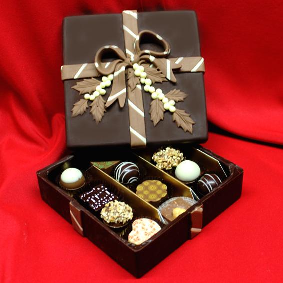 Scatola di cioccolato con praline di cioccolato assortite - Cioccolato di Natale
