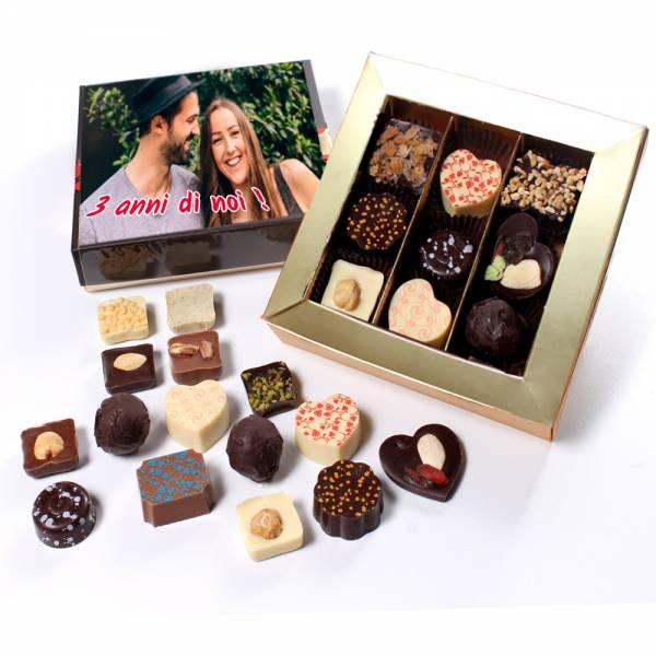 Scatola personalizzata cioccolatini farciti - Scatola regalo personalizzata di cioccolatini assortiti